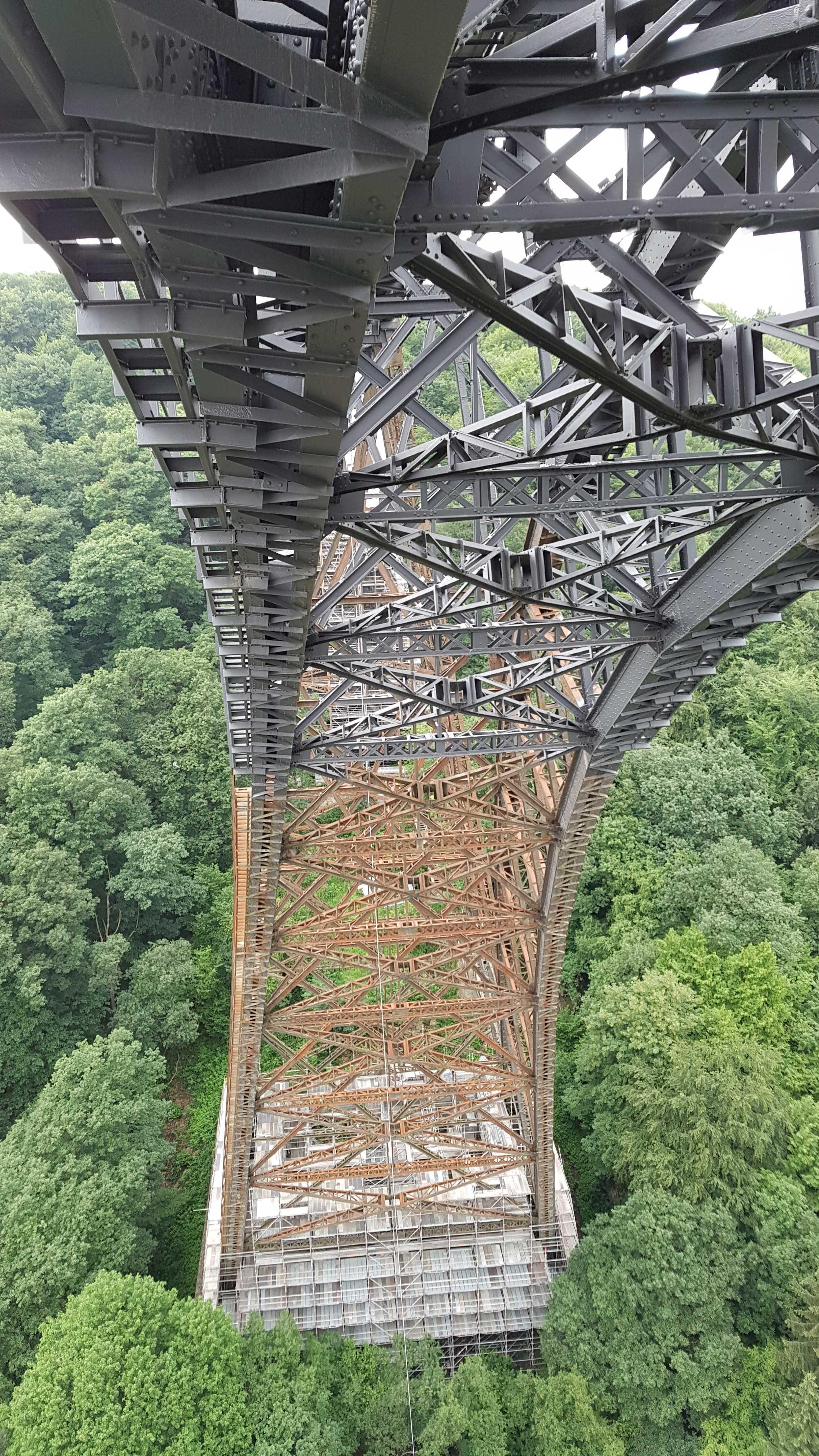 Rundboden der Müngstener Brücke